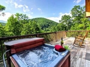 hot tub at lodging in gatlinburg tn