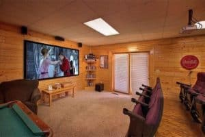 The theater room at the Hollywood In The Hills cabin.