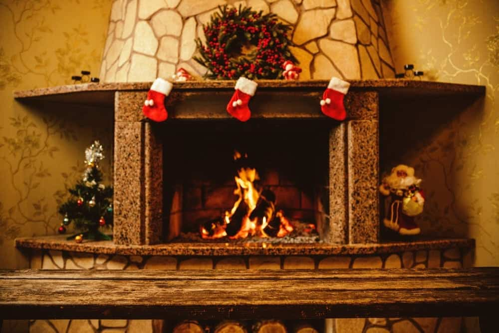 5 reasons to celebrate christmas in a pigeon forge cabin - Cabin Christmas Decor